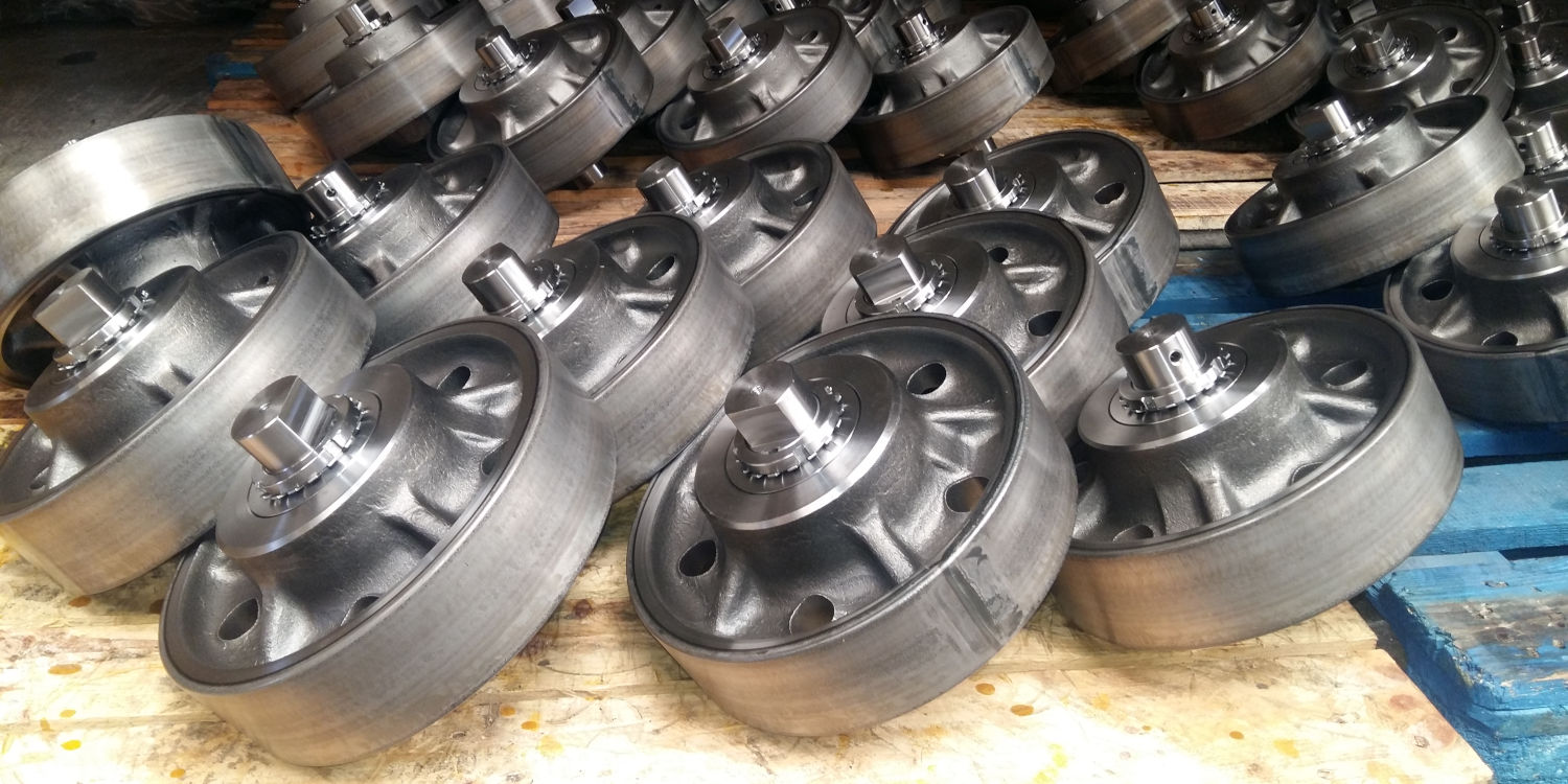 Complete wheels for tunnel kiln cars